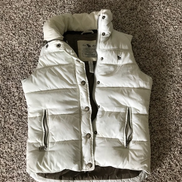 Abercrombie & Fitch Jackets & Blazers - Super warm vest